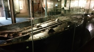 Dovers bronze age boat from 3500 years ago.